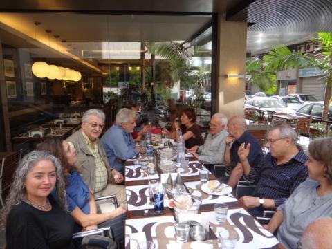 Mitglieder der Delegation in Beirut vor der Abreise nach Damaskus