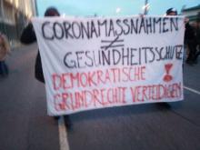 Es wären auch sozial und demokratisch verträgliche Corona-Maßnahmen möglich